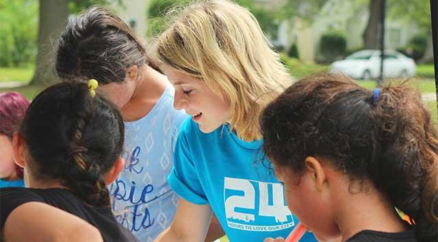 young volunteers people