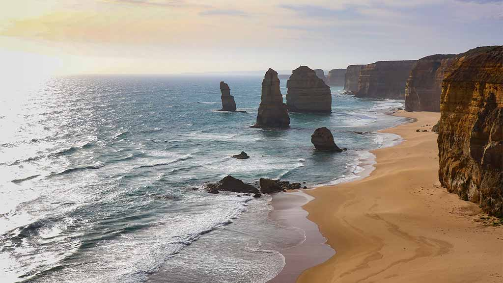 12 apostles in victoria during daytime